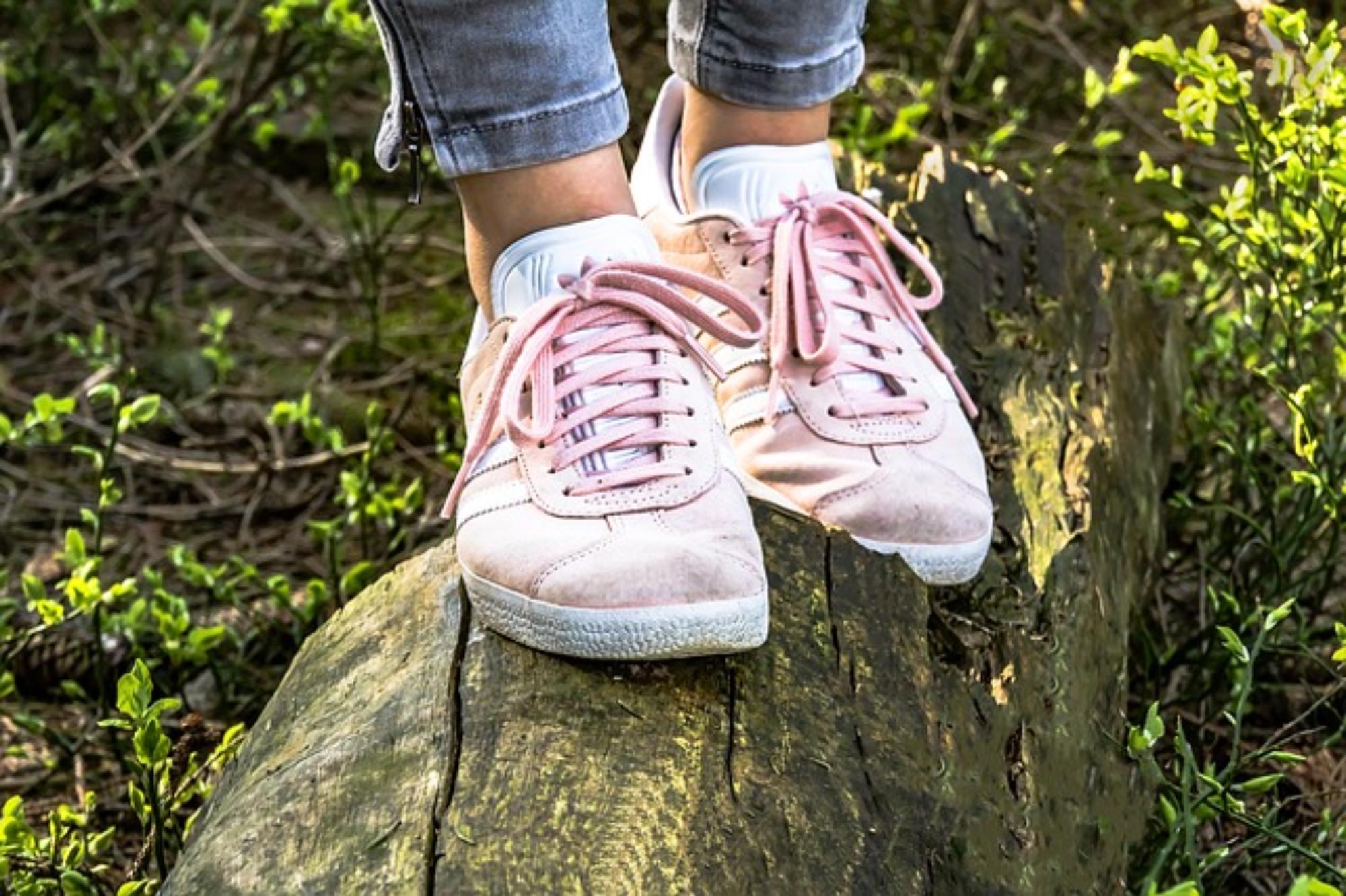 Jak rozciągnąć nowe buty?